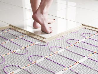Как монтировать электрический теплый пол под плитку?